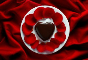 Chocolate Heart & Rose Pedals